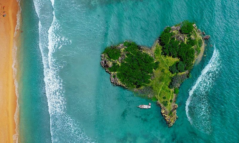 Top Heart Shaped Islands in the World